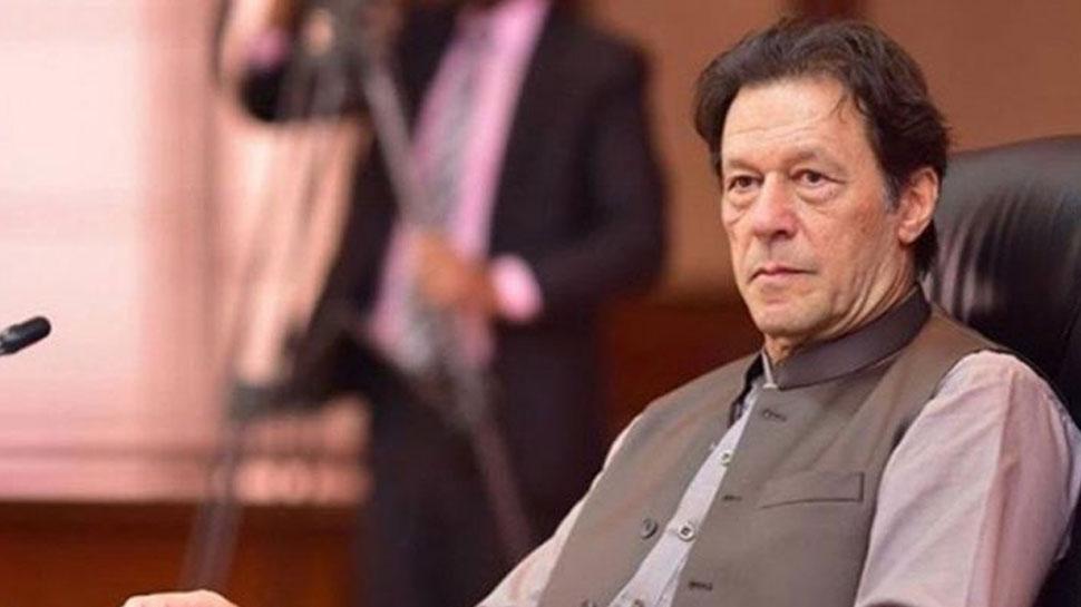 इमरान खान की कुर्सी पर है 'खतरा', सरकार गिराने के लिए प्लान 'A' और 'B' है तैयार