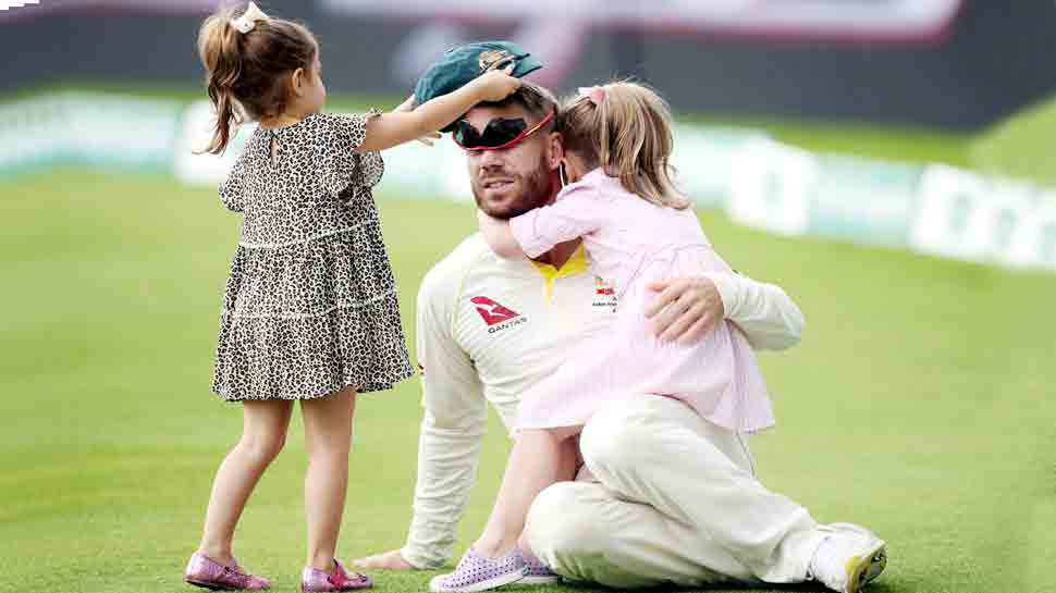 डेविड वॉर्नर की 335 रन की पारी देख पत्नी कैंडिस को याद आए गांधी, कही यह बात...