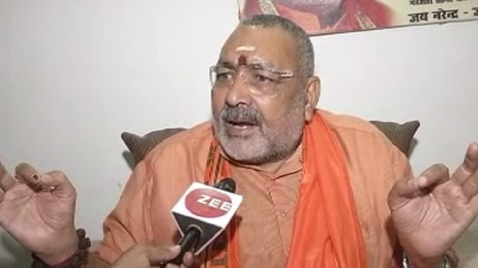 बिहार: गिरिराज सिंह ने ट्वीट कर साधा कांग्रेस पर निशाना, जेडीयू ने किया किनारा