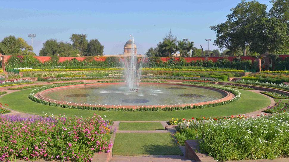 अब उठी मुगल गार्डन का नाम बदलने की मांग, हिंदू महासभा ने इनके नाम का दिया प्रस्ताव