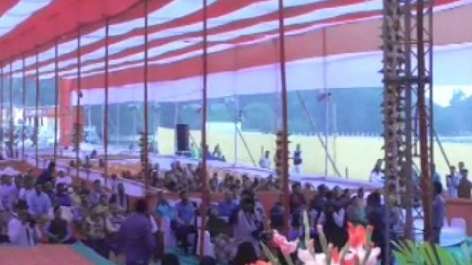 बिहार: मुंगेर जिले की स्थापना दिवस पर नहीं पहुंचे सांसद से मंत्री तक, फीका पड़ा कार्यक्रम