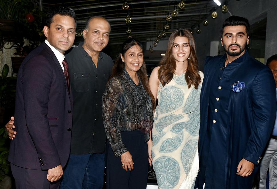 Arjun Kapoor, Kriti Sanon etc at screening of movie Panipat at PVR juhu