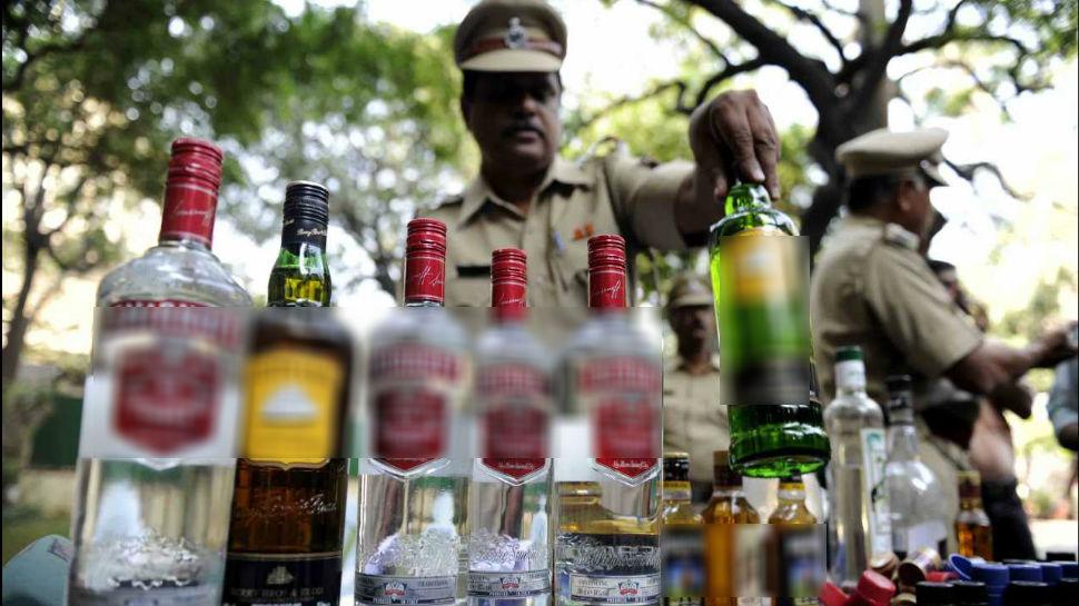बिहार:वाटर प्यूरिफायर की आड़ में हो रही थी शराब तस्करी, बरामद हुई लाखों की शराब