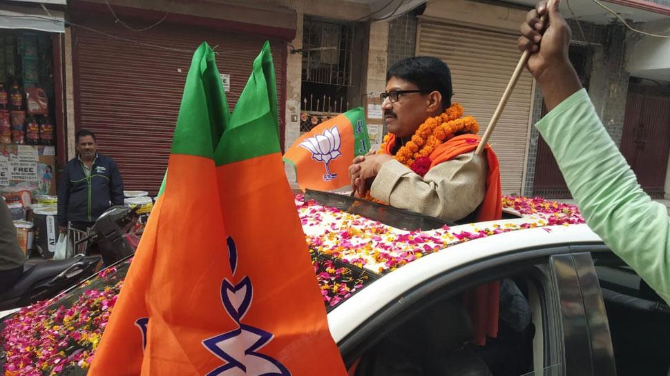अनाधिकृत कॉलोनियों के लोगों को PM मोदी ने दी है बड़ी सौगात: दिनेश प्रताप सिंह
