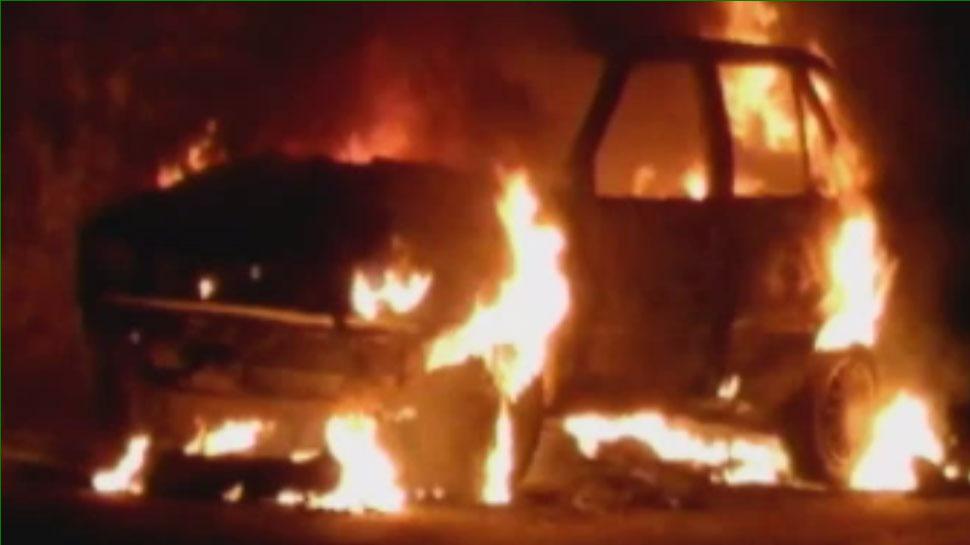 भीलवाड़ा: आधी रात को 2 बजे धू-धू कर जलने लगी कार, अपने आप पहुंची 10 फीट आगे