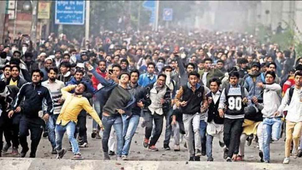 इस बार दिल्ली पुलिस थी चौकन्नी, ऐसे बुना जाल कि बंद हो गए सारे अफवाह फैलाने के रास्ते
