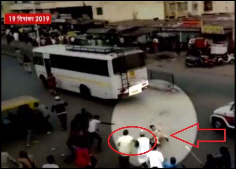 अहमदाबाद में दंगाइयों की ना'पाक' करतूत! पुलिसवालों को जान से मारने की कोशिश