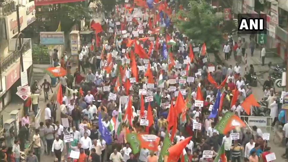 CAA के समर्थन में देशभर में रैलियां, दिल्ली, मुंबई, नागपुर की सड़कों पर उतरे हजारों लोग