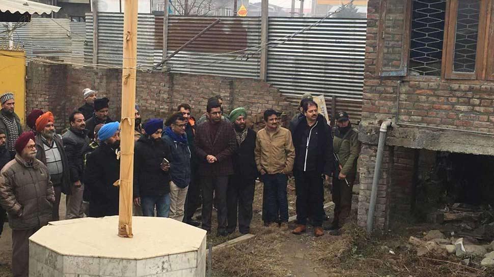 कश्मीर: दशकों से अटके राजमार्ग का काम होगा पूरा, गुरुद्वारा तोड़ने पर राजी हुआ सिख समुदाय
