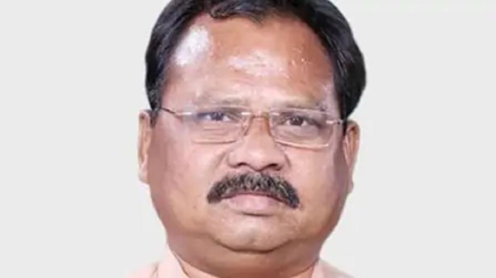 रांची: BJP चीफ लक्ष्मण गिलुवा ने दिया इस्तीफा, कई अन्य नेता भी सौंप सकते हैं त्यागपत्र