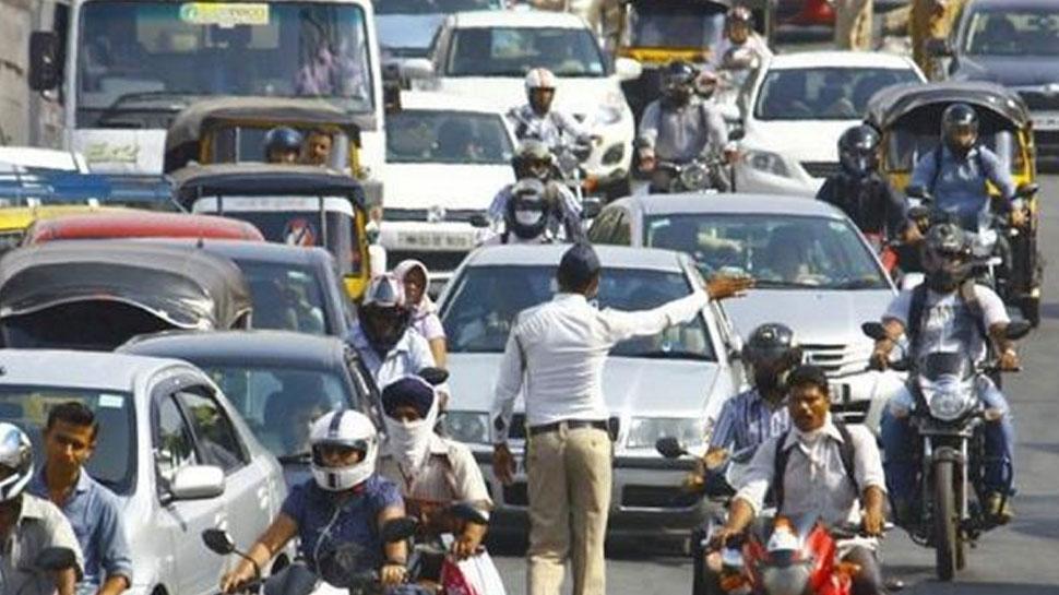 मुंबई में CAA के खिलाफ प्रदर्शन, ट्रैफिक पुलिस ने जारी की एडवायजरी, इन रास्तों से बचें