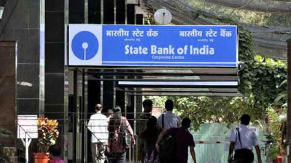 गैस सब्सिडी चेक करने गई थी बैंक, अकाउंट में पड़े थे लाखों रुपये, मामला जान रह जाएंगे हैरान