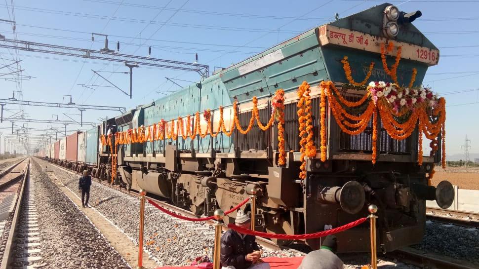 सच हुआ डबल डेकर गुड्स ट्रेन का सपना, रेलवे 24 घंटे में मुंबई से दिल्ली पहुंचाएगा माल