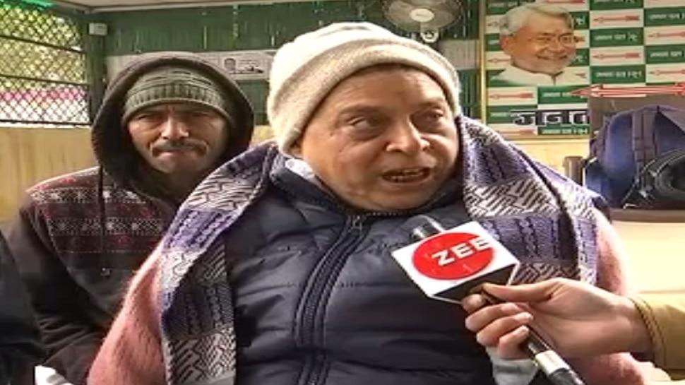 बिहार: हेमंत सोरेन ने ली CM पद की शपथ, JDU के मंत्री ने साधा निशाना
