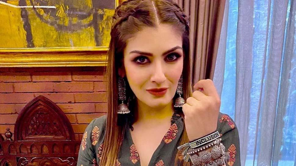 नहीं बचा पा रही माफी, सोशल मीडिया पर बुरी तरह ट्रोल हुईं रवीना- फराह-भारती सिंह