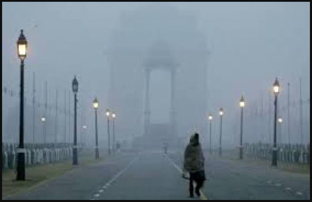 राजधानी दिल्ली में खून जमाने वाली ठंड! जानिए- आज कितना लुढ़का पारा?