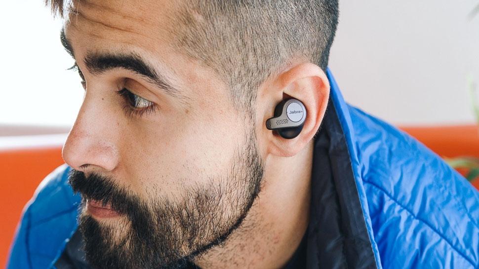 Earbuds 2020: छोटे से लेकर बड़ी कंपनियों के बीच छिड़ी है जंग एयरबड्स बनाने की, जानिए कौन सा प्रोडक्ट है आपके लिए