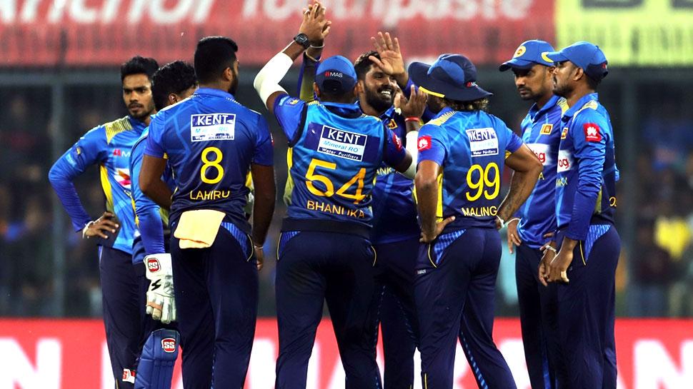 INDvSL: भारत से हार के बाद श्रीलंका को एक और झटका, स्टार खिलाड़ी हुआ बाहर