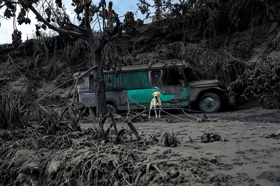 लावा के साथ भूकंप बना परेशानी का कारण