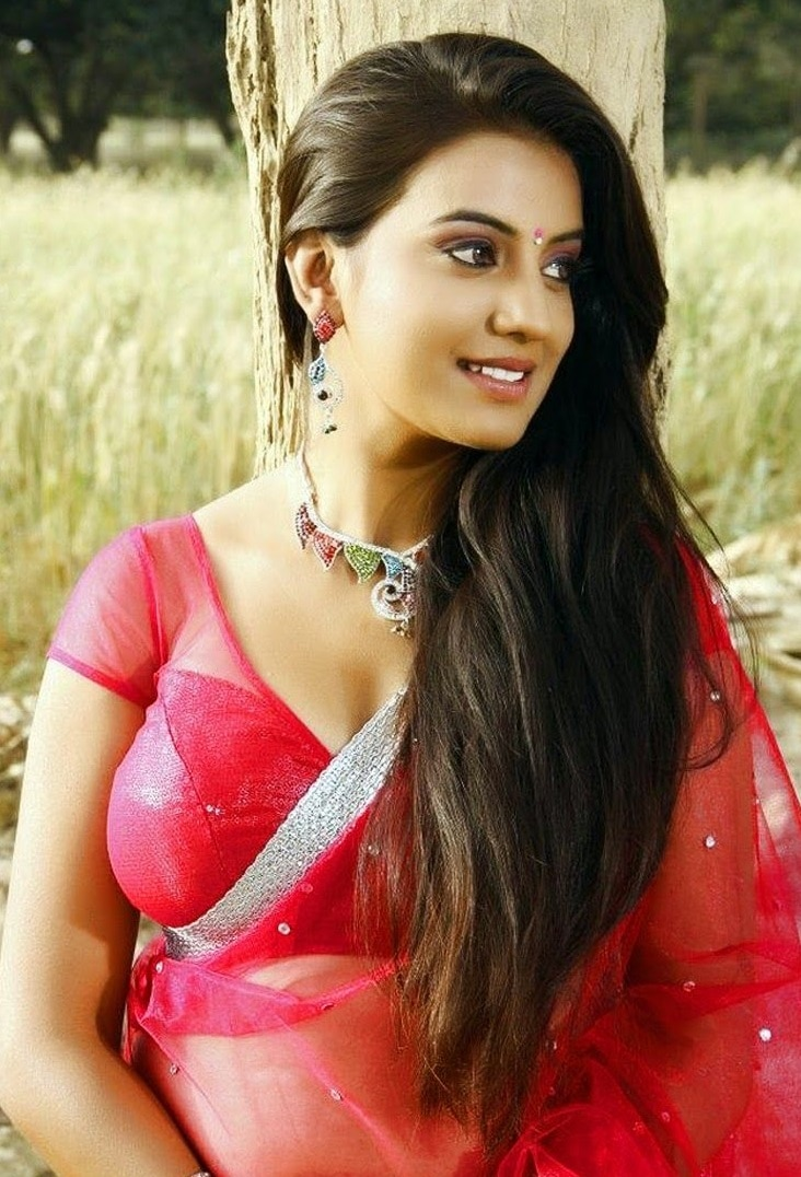 Akshara Singh beautiful pics