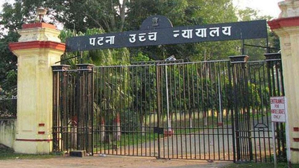 चीफ जस्टिस संजय करोल का स्वास्थ्य अधिकारियों को निर्देश, याचिकाओं का निकालें समाधान