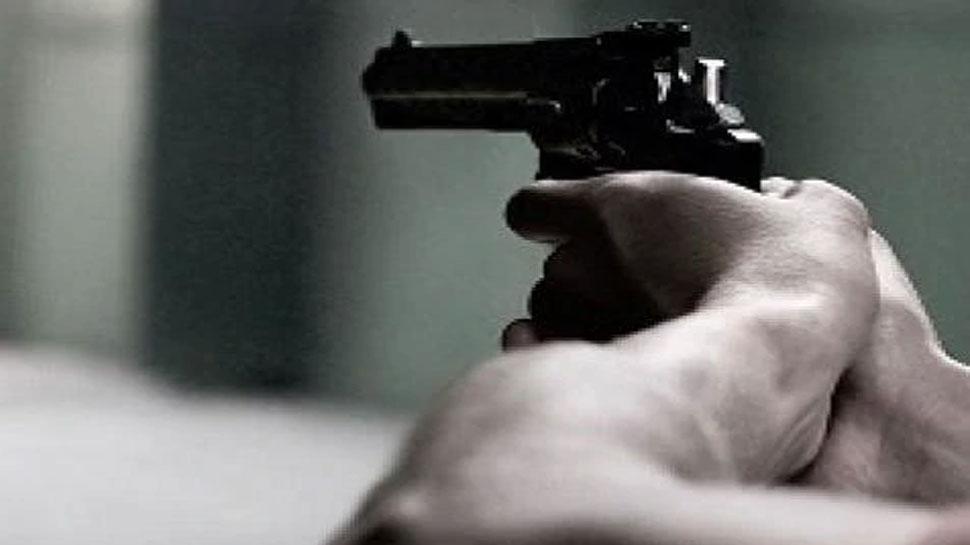 मुंगेर: विवादित जमीन मामले में खूब हुई गोलीबारी, पुलिस ने मौके पर बरामद किया 6 खोखा