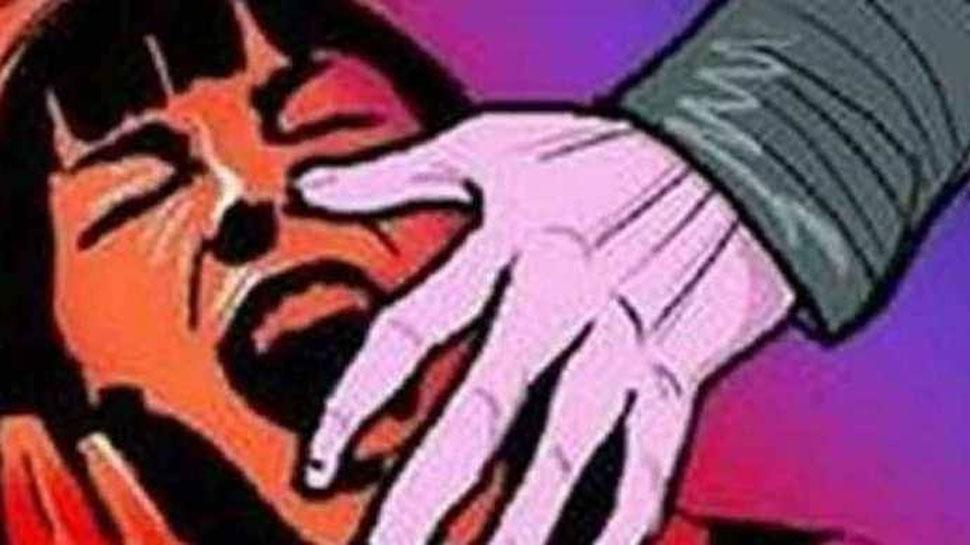 UP: रेप पीड़िता पर एसिड अटैक, परिजनों ने लगाया समझौते के लिए दबाव बनाने का आरोप