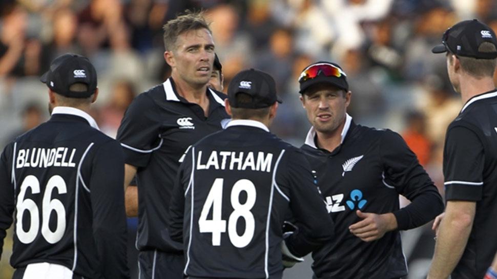 IND vs NZ 3rd ODI: लगातार तीसरा मैच हारा भारत, इस बार 5 विकेट से गंवाया मुकाबला
