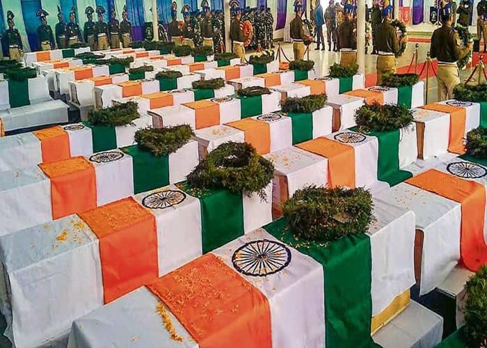 जरा याद करो कुर्बानी: पुलवामा में शहादत का एक साल आज हुआ पूरा