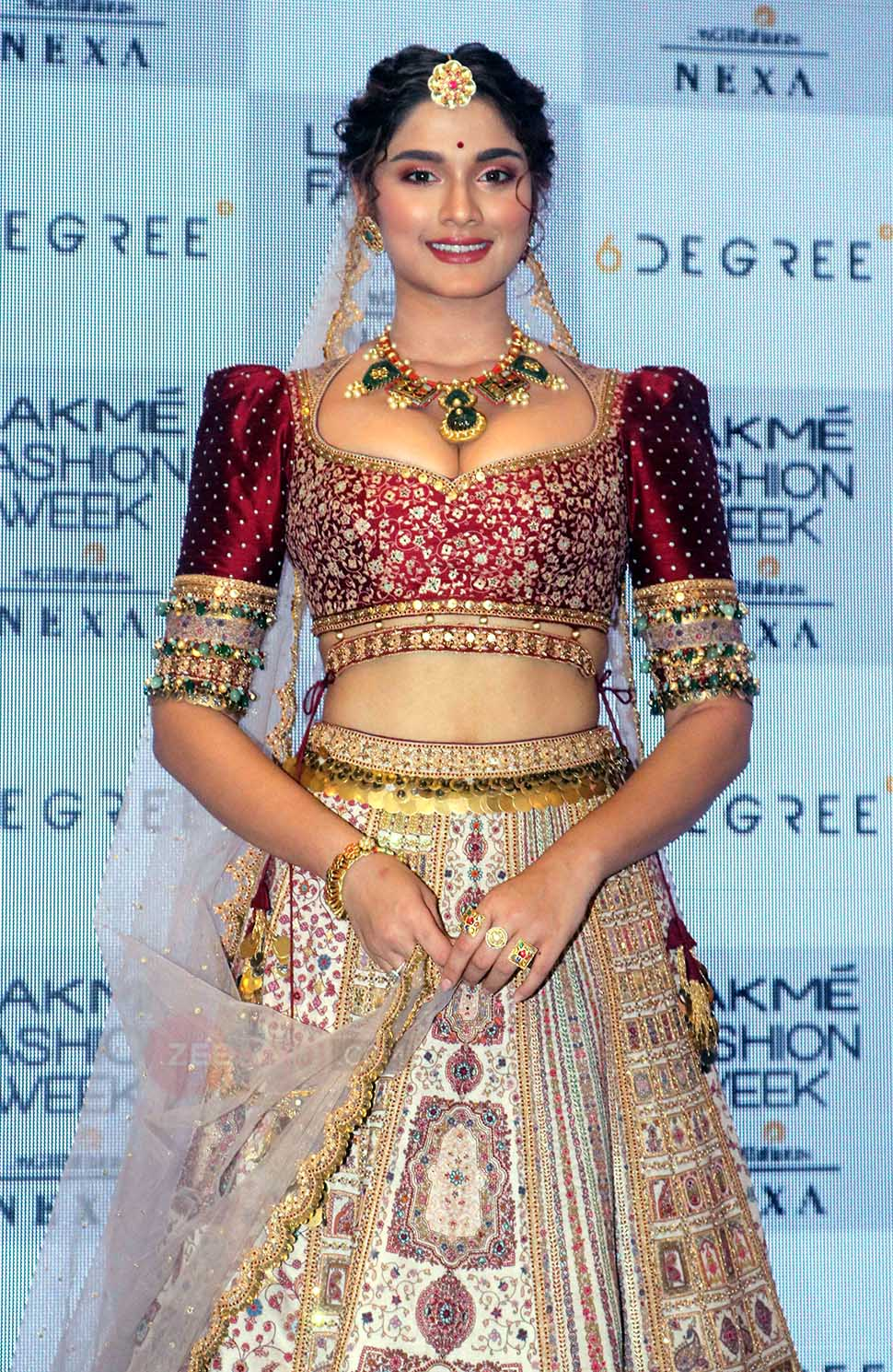 Sai Manjrekar Looks great