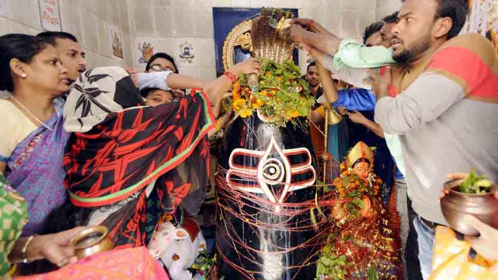 महाशिवरात्रि पर शिव महोत्सव के रंग में रंगी काशी