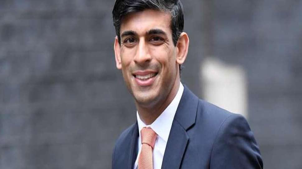ब्रिटेन में भारतीय मूल के वित्त मंंत्री ने ली गीता की शपथ, कहा- हिंदू होने का है गर्व