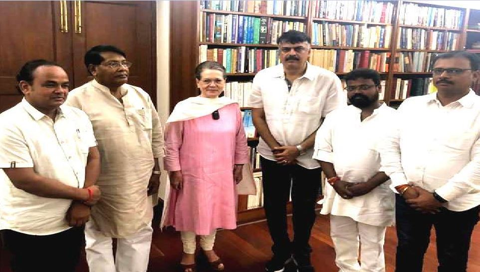 ...तो इसलिए सोनिया गांधी से मिलने जा रहे हैं झारखंड कांग्रेस के चारो मंत्री