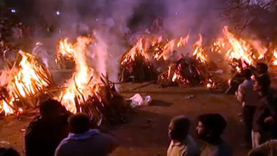 बूंदी हादसा: कोटा में एक साथ 24 लोगों को दी गई मुखाग्नि, हर कोई स्तब्ध