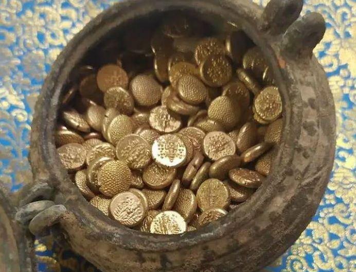 दक्षिण भारत के इस मंदिर में मिला सोने से भरा कलश