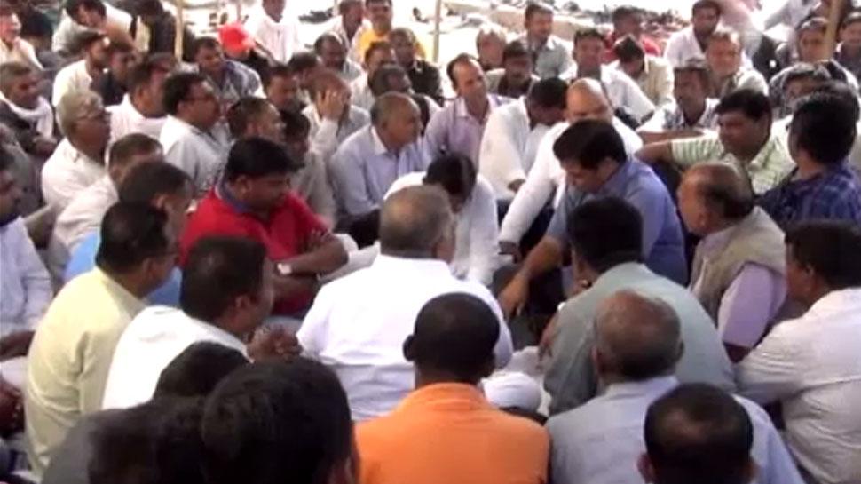 बाड़मेर: पुलिस हिरासत में दलित युवक के मौत को लेकर इन मांगों पर अड़े परिजन