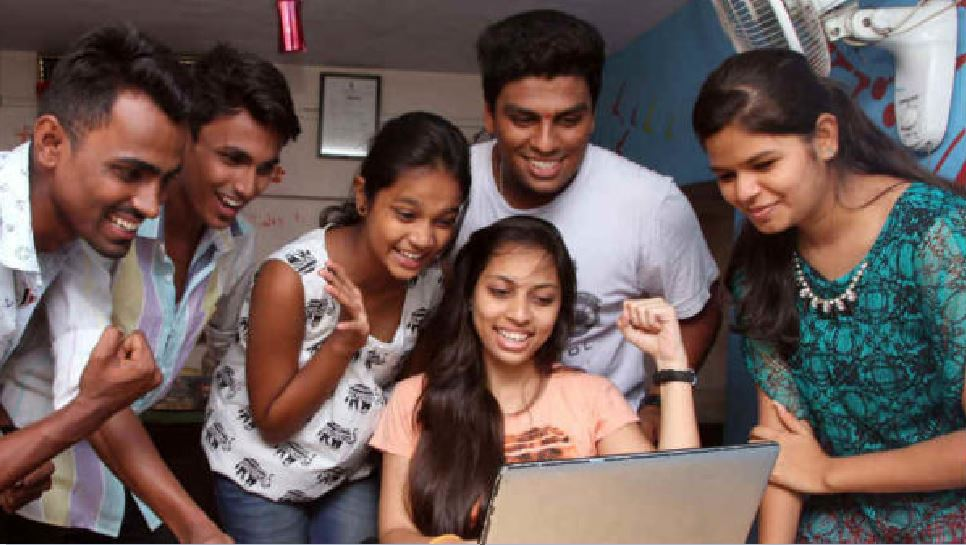 बिहार इंटर रिजल्ट में कुल 80.44 फीसदी छात्र हुए सफल, तीनों संकायों में टॉपर बेटियां