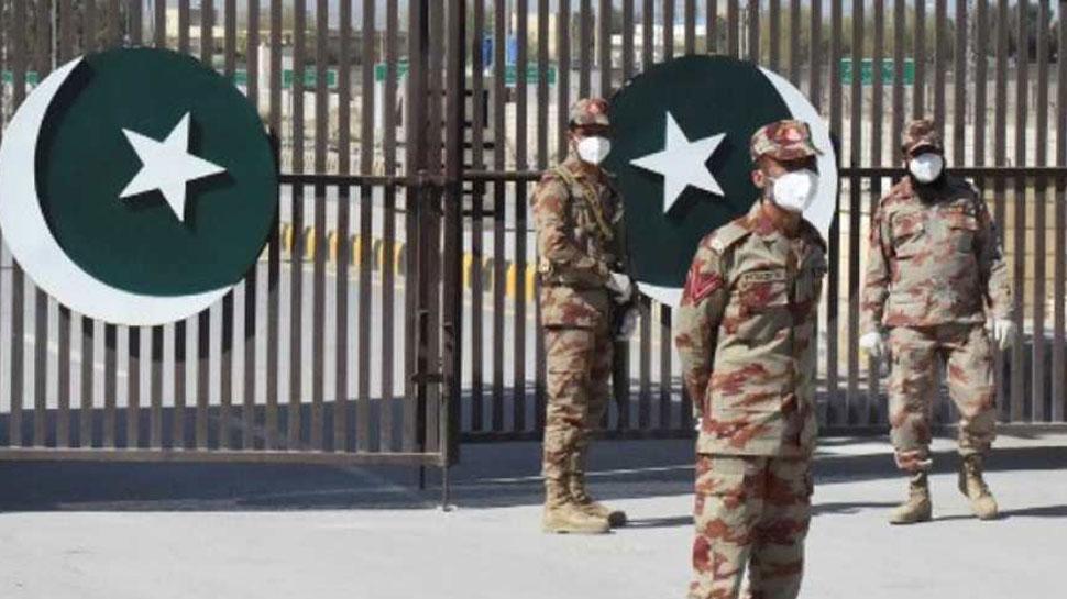 पाकिस्तान: सेना में फैला Coronavirus संक्रमण, 230 सैनिकों को आइसोलेशन में भेजा गया