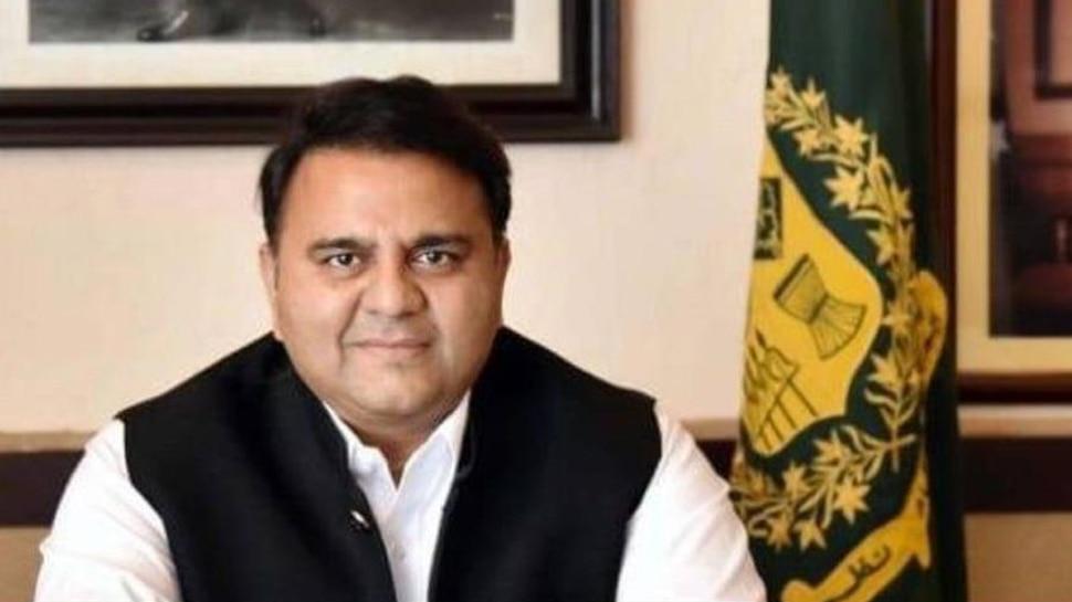Coronavirus पर पाकिस्तान के मंत्री का बेतुका बयान, जानें किसे बताया इस वायरस का जिम्मेदार