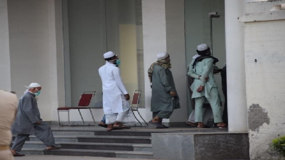 तबलीगी जमात के 89 लोग आगरा में पकड़े गए, पुलिस ने मुस्लिम बस्तियों में शुरू किया ऑपरेशन क्लीन