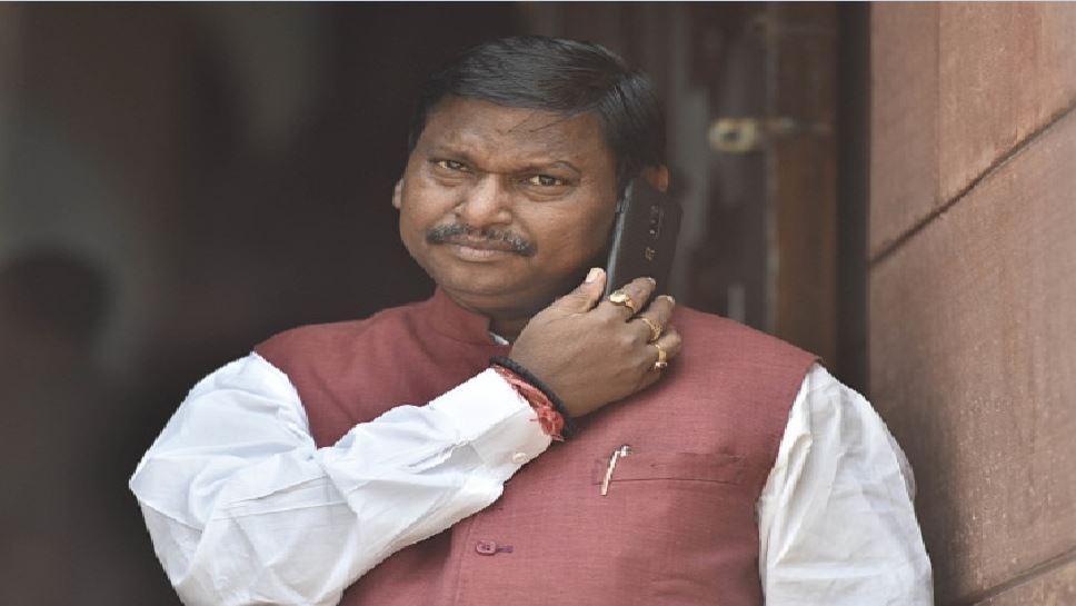 झारखंड: सांसद वेतन कटौती को लेकर बीजेपी MP का बयान, बताया स्वागतयोग्य कदम