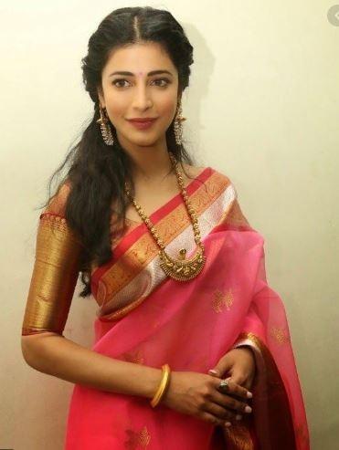 shruti hassan traditional Indian look