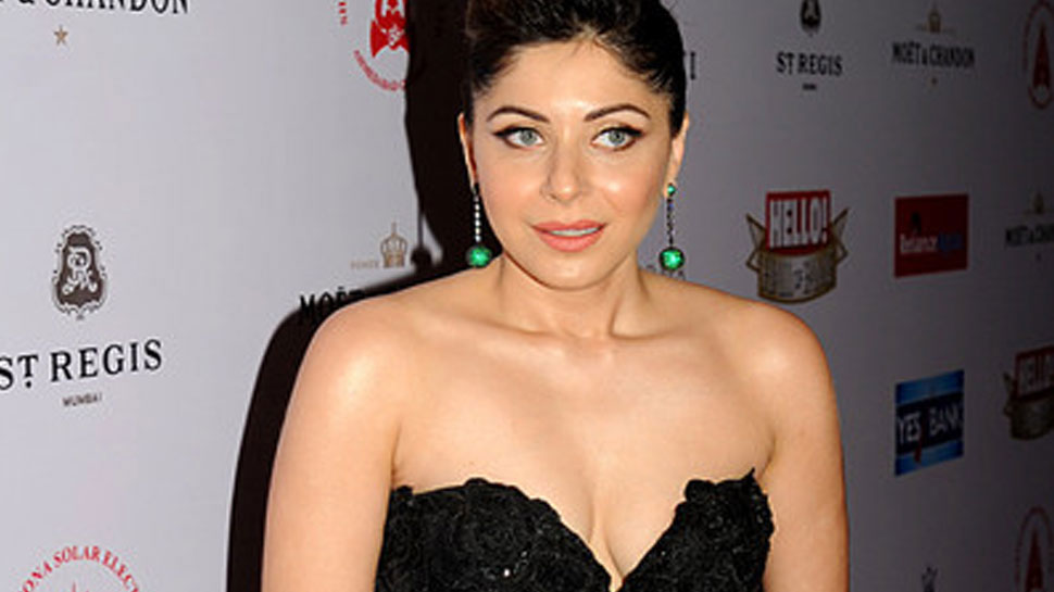 Kanika Kapoor will now donate plasma after recovering from ...