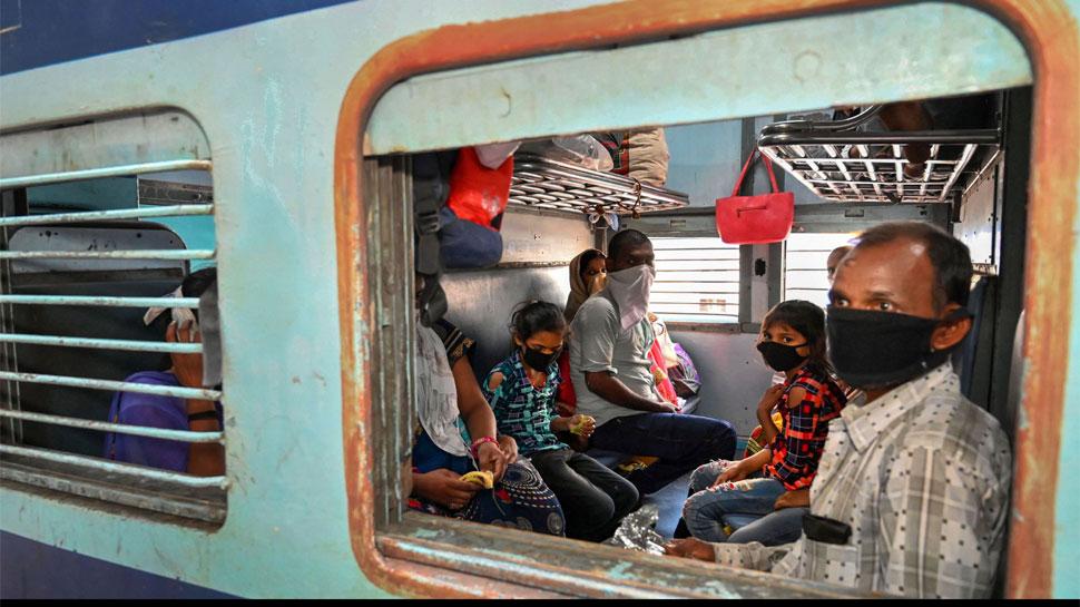 मुंबई से गोरखपुर के लिए निकली ट्रेन कैसे पहुंच गई ओडिशा? पश्चिम रेलवे ने दी सफाई