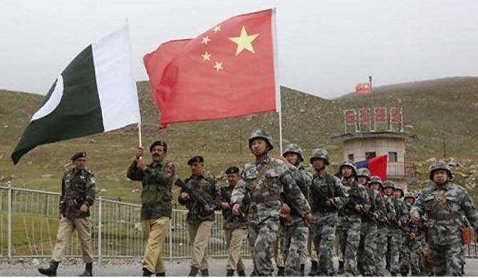 तीन तरफ से भारत को घेरने की शातिर चीनी चाल