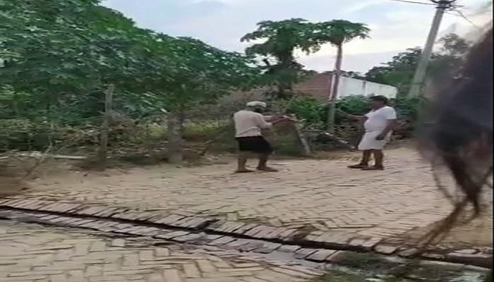 सीतापुर: जेल से छूटते ही बदमाश ने मचाया ऐसा तांडव कि गांव में छा गया सन्नाटा