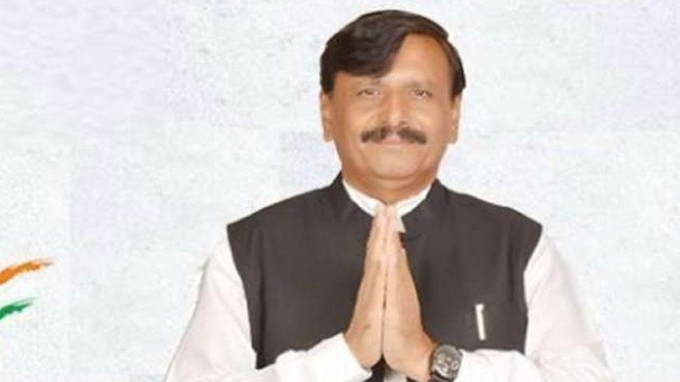 गुजरात: कांग्रेस के एक और विधायक का इस्तीफा; बदल गया राज्यसभा चुनाव का गणित