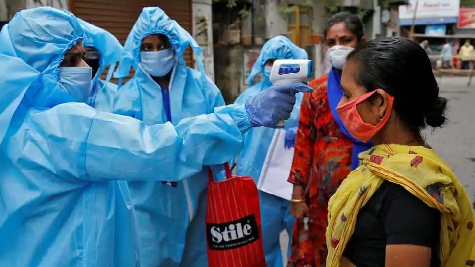 Modi Government Encouraged Corona Warriors During Coronavirus Viral Video |  'सीमाएं नहीं पर युद्ध तो है', Corona Warriors का सरकार ने ऐसे बढ़ाया हौसला,  देखें VIRAL VIDEO | Hindi News, देश