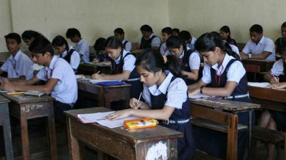 उत्तर प्रदेश में प्राइवेट स्कूल खोलने की तैयारी, एसोसिएशन ने हुकूमत को सौंपी तजवीज़