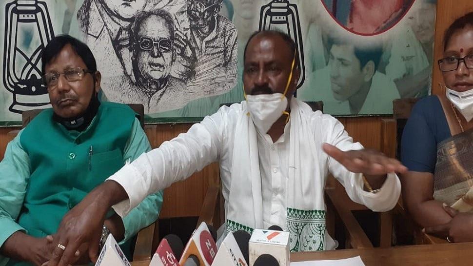 बिहार: आरक्षण को लेकर RJD ने बनाई समिति, कहा-किसी भी तरह की छेड़छाड़ बर्दाशत नहीं होगी